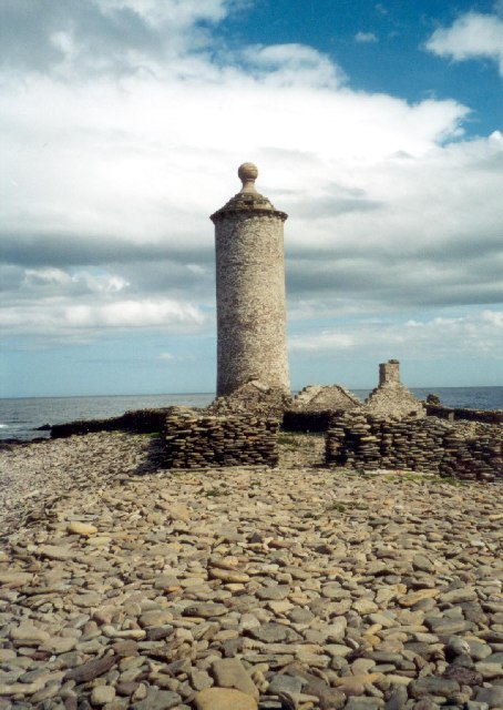Old Lighthouse, North Ronaldsay. Photograph © Alex Cameron